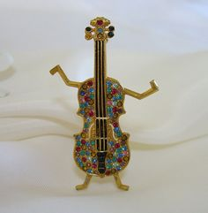 Signed #Jitterbug Vintage Patented Ora Violin Rhinestone Pin Brooch by Oreste Agnini #BuyVintageJewelry