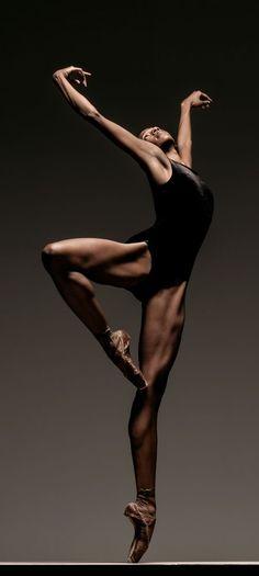 aaah a alta definição muscular de quem pratica Ballet …