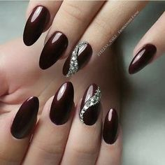 50 Gorgeous Burgundy Nail Color With Designs For Fall Season – Page 48 of 50 – C… - Nageldesign Red Stiletto Nails, Red Acrylic Nails, Red Nail Polish, Red Nails, Glitter Nails, Fancy Nails, Pretty Nails, Wine Nails, Burgundy Nails
