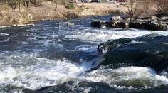 """Rápidos poco conocidos en el Río Quequén Salado o """"Mulpunleufú"""", ideal para turismo aventura @Escapadas @FindeLargo Elopements, Adventure, Tourism"""