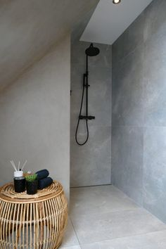 Cement Bathroom, Bathroom Inspiration, Bathroom Ideas, Bathroom Interior, 3 D, Toilet, Sweet Home, Bathtub, Interior Design