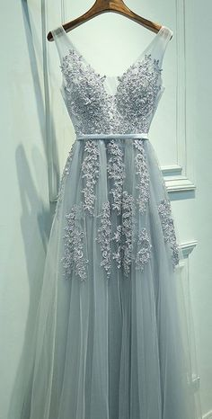 A-Line V-Neck Tulle Sleeveless Prom Dress,Gray Prom Dresses with Lace,V neck Homecoming Dress,prom dress,prom dresses 2017