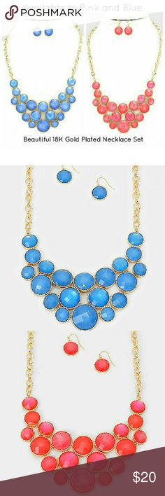 Bubble Cluster Statement Necklace Set Beautifully designed 18K yellow gold-plated necklace with gemstone details. The perfect casual necklace which will catch each sparkle of light. Celina Nicole Luxe Fashion Jewelry  Jewelry Necklaces