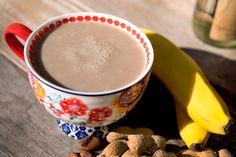 Nutriliving Morning Energy Blast: 1 banana, 2 tbsp peanut butter, 1/2 cup greek yoghurt, 2 tbsp cacao, 1/2 tsp cinnamon, 15 cups water (tall cup)