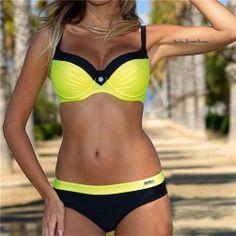 21143b42e05 Dámské moderní bikini s push up efektem Push Up Bikini