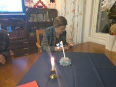 Tää puuro kiinostaa enemmän,kun siun kynttilät. Kata kuvasi.