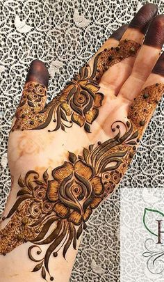Modern Henna Designs, Khafif Mehndi Design, Floral Henna Designs, Henna Art Designs, Mehndi Designs For Girls, Dulhan Mehndi Designs, Mehndi Design Pictures, Wedding Mehndi Designs, Mehndi Designs For Fingers