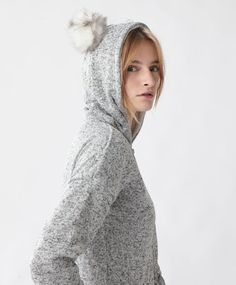 Tuta orecchie - Tute - Tendenze moda donna AW 2016 su Oysho on-line : biancheria intima, lingerie, abbigliamento sportivo, scarpe, accessori e costumi da bagno. Spedizione gratuita a partire da 40 EUR e resi gratuiti.
