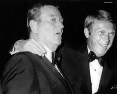 John Wayne and Steve McQueen. When men were men and did not have to apologize for it. Golden Age Of Hollywood, Hollywood Stars, Classic Hollywood, Old Hollywood, Hollywood Icons, John Wayne, Actor Steve Mcqueen, Steve Mcqueen Style, Steeve Mcqueen