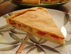 Pane, burro e alici: Torta rustica con peperoni, olive e provolone piccante al profumo di basilico