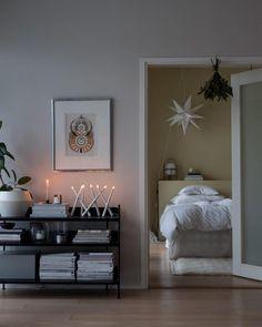 Millainen mökki? - Valkoinen Harmaja Gallery Wall, Frame, Home Decor, Picture Frame, Decoration Home, Room Decor, Frames, Home Interior Design, Home Decoration