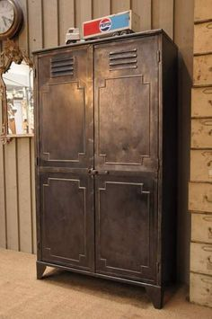 1000 images about master closet on pinterest industrial pipe rustic close - Armoire metal alinea ...