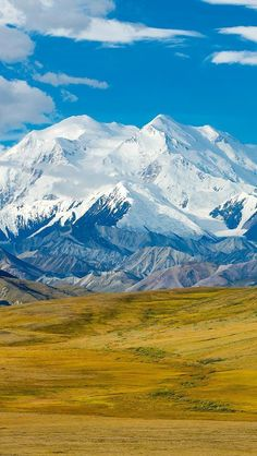 Mount McKinley in Denali National Park, Alaska. #TravelDestinationsUsaNationalParks