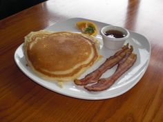 Food lovers fat loss system how to make a fat loss plate play 2 enjoy some pancakesfast carb with a side of baconprotein for a fat burning meal forumfinder Choice Image