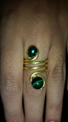 Gold plated copper wire with green dyed tiger's eye n pearl ring