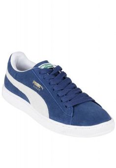 Wear this stylish pair of Puma shoes with jeans to deliver a lasting impression on club members. Ideal for daily use, these can also be worn during your gymming sessions. The comfort of these laced shoes is surely going to impress you.