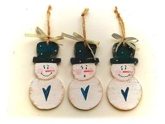Ending Christmas time..my favorite finds! by Grete and Yolanda on Etsy