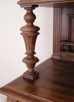Wood Furniture Legs, Luxury Furniture, Antique Furniture, Furniture Design, Stairs Balusters, Office Table Design, Pillar Design, Buffet Server, Wood Carving Designs