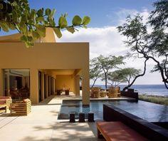 del despacho de Arquitectos mexicanos Legorreta + Legorreta    Casa Kona. Hawaii, USA
