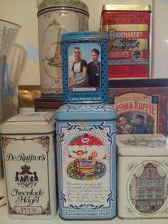 Old tins. Oh my goodness! I love these!