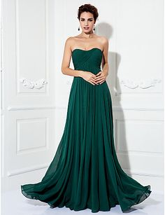 A-line Strapless Sweep/Brush Train Chiffon Evening/Prom Dress