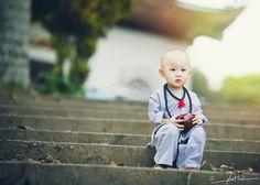 7 lời khuyên để trở thành người có tâm hồn đẹp Buddhist Monk, Buddhist Art, Baby Pictures, Funny Pictures, Small Buddha Statue, Matthieu Ricard, Baby Buddha, Shaolin Kung Fu, Anne Geddes