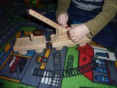 Drezína ze dřeva - vláček ze dřeva, hračky pro děti.