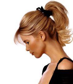 Claudia Schiffer, cute up do.