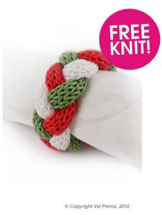 Free knitted napkin ring (might be easier to just do in I-cord and then braid ~~Ang) Christmas Knitting Patterns, Knitting Patterns Free, Free Knitting, Crochet Patterns, Christmas Napkin Rings, Christmas Napkins, Knitting Projects, Crochet Projects, Knitting Ideas