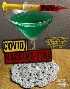 Millions of People Enjoy Pocket Cocktails. Check out our World Famous Drink Posters. Mixed Drinks Alcohol, Alcohol Drink Recipes, Fireball Recipes, Punch Recipes, Iced Tea Cocktails, Cocktail Drinks, Sweet Cocktails, Cocktail Shaker, Liquor Drinks