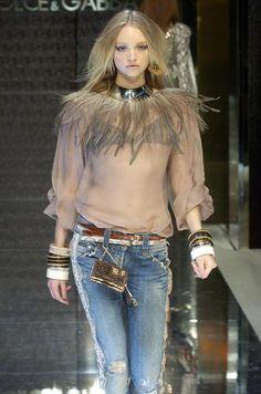 Dolce & Gabbana - Ready-to-Wear – Spring / Summer 2005