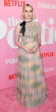 During the premiere of Netflix's The Politician, Lucy Boynton wore an ethereal pastel gown by Dior. Neon Dresses, Formal Dresses, Pastel Gown, Cage Skirt, Lucy Boynton, Red Carpet Gowns, Pink Gowns, Red Carpet Fashion, Fashion Art