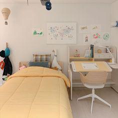Room Design Bedroom, Room Ideas Bedroom, Small Room Bedroom, Bedroom Decor, Study Room Decor, Pastel Room, Minimalist Room, Aesthetic Room Decor, Cozy Room