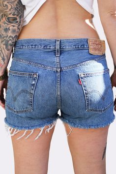 Vintage Levi's Shorts (Size 31) - Button-Fly