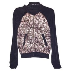 Foreign Exchange Thin Jacket Super cute! Foreign Exchange Tops
