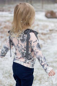Aurora Raglan - Sofiona Designs