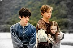 The Chronicles of Narnia – Prince Caspian (2008) Starring: Skandar Keynes as Edmund, William Moseley as Peter Pevensie, and Georgie Henley as Lucy. (click thru for larger image)