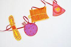 Diwali Pataakha bunting - www.itshandmade.in