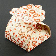 Boîte floret... pour offrir les petits bijoux ou des bonbons.