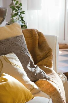 Pillows..great colors for summer