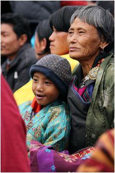 Bhutan : Enjoying the Jambay Lhakhang Festival