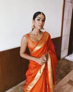 Desi girl Indian Saree CLICK Visit link for more info Indian Attire, Indian Ethnic Wear, Lehenga Choli, Anarkali, Kanjivaram Sarees, South Indian Sarees, Indian Saris, Modern Saree, Simple Sarees