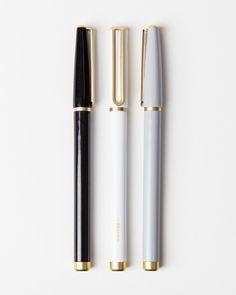 Felt-tipped pen - Classic Gold Catalina Felt Tip Pens, Set of 3 – Felt-tipped pen Stationary Supplies, Cute Stationary, Arte Sharpie, Brain Mapping, Fancy Pens, Cute Pens, Metal Pen, Cute School Supplies, Classic Gold