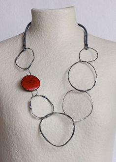 Montserrat Lacomba Irregular Circles Necklace - 3.  - 53€, via Etsy.