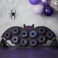 Siemenleipä | Reseptit | Kinuskikissa Halloween Donuts, Halloween Birthday, Delicious Donuts, Birthday Desserts, Halloween Celebration, Candy Table, Lidl, Doughnut, Rum