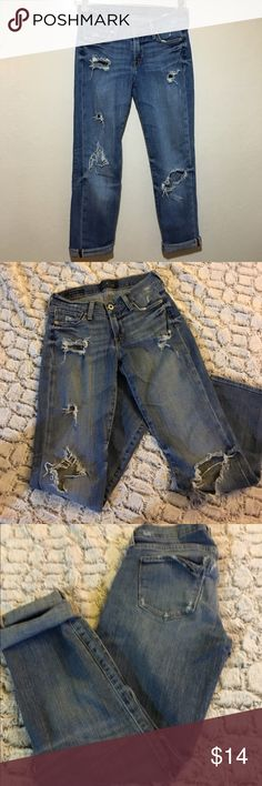 Destroyed Brooke Crop- lucky jeans This are my favorite jeans, I love them! Although they came with rips on the back pocket- one has ripped too much for my boyfriend comfort- this can be worn as or with a patch- sad to give them up-pre loved Lucky Brand Jeans Ankle & Cropped