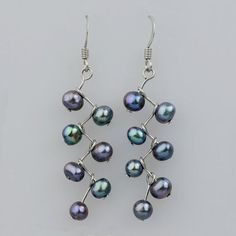 diy pearl jewelry | DIY jewelry / wire and pearl earrings: so super-duper easy! #jewelrydiy