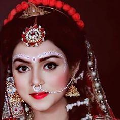 Radha Krishna Songs, Radha Krishna Pictures, Krishna Photos, Krishna Art, Krishna Wife, Krishna Statue, Radha Kishan, Radhe Krishna Wallpapers, Lakshmi Images