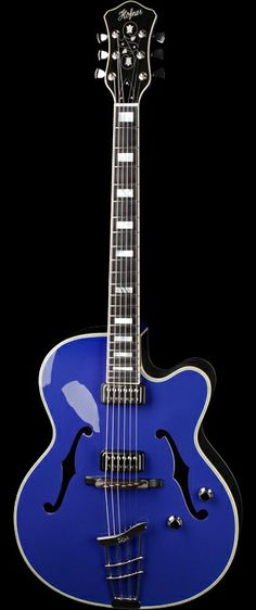 HOFNER Bonn President Royal Blue | The Hofner President has been available since the early 1950s.