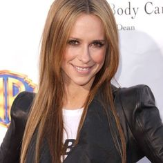 Jennifer Love Hewitt is returning to CBS: The actress is joining the network's long-running hit procedural Criminal Minds as a series regular starting this fall. Welcome Jennifer love Hewitt to the family! ❤️ characters name is Kate Callahan. #Padgram @criminalmindsofficials
